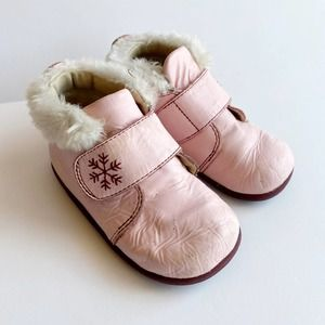 Robeez Tredz Boot Lined Leather Pink Snowflake 12M